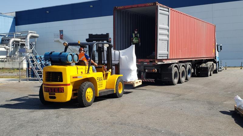 Como funcionam os carregamentos de containers