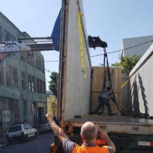 Equipamento para descarga de container
